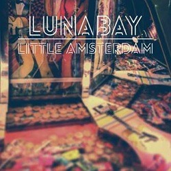LUNA BAY – Little Amsterdam